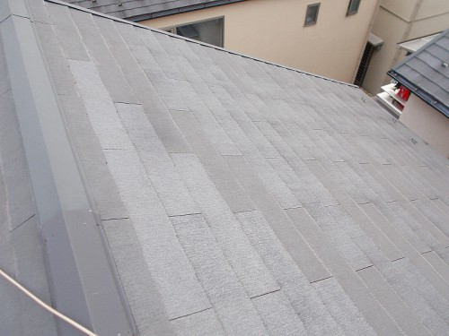 反対側も綺麗な屋根の状態