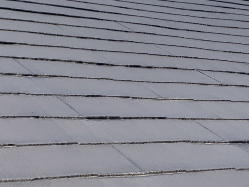ケイナスホーム スレート屋根 塗膜の退色
