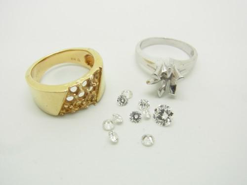 二本の指輪のダイヤモンドを使い指輪のリフォーム