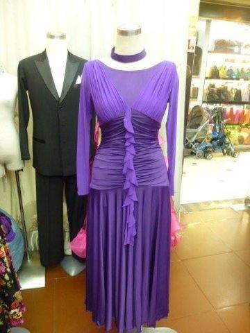 パーティーに高貴な紫のワンピース!