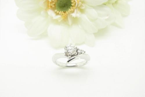 エンゲージリング(婚約指輪)のご注文