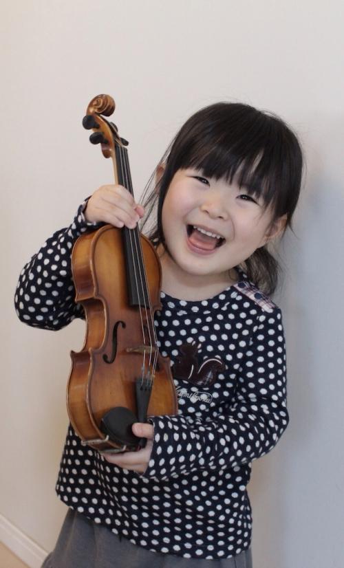 幼児のバイオリンレッスンは旭区の駅前教室、音楽館へ!