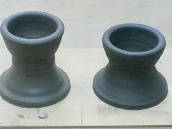 粘土で作りました。これなーんだ。陶芸やってる人はわかるよね。