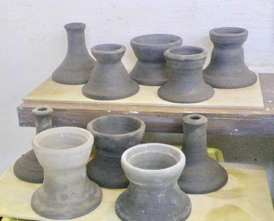 粘土を15㎏使ってシッタを10個作りました。これで当分OK。