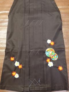 ひいなブランド袴が入庫しました。おしゃれ〜
