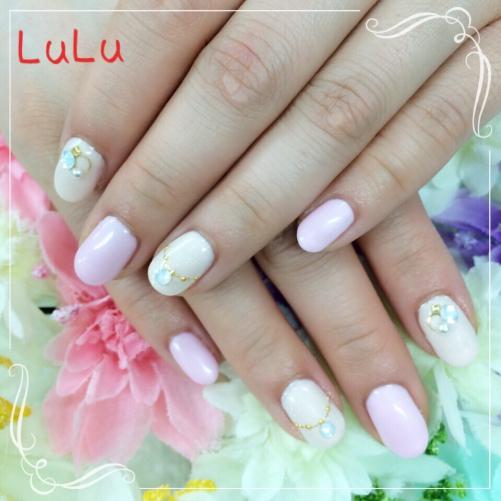 ピンクとミルキーホワイト☆春ネイル