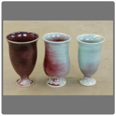 辰砂(シンシャ)という釉薬は、赤くなったり青くなったり。