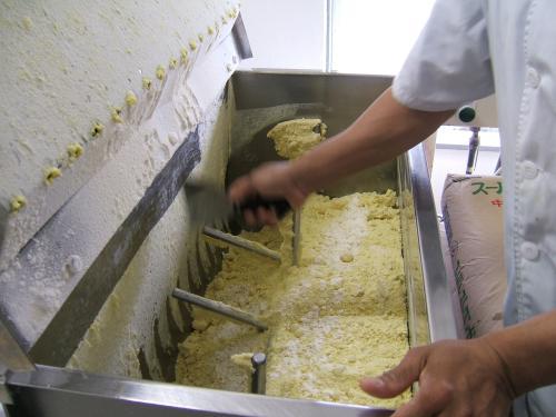 麺のコシを決めるたんぱく質グルテンの正体