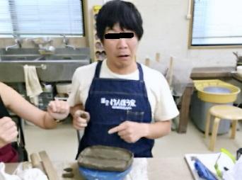 お笑い芸人カンカンさんに、よく似た人が陶芸教室にみえました。