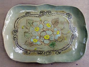 レリーフのお皿が続々と焼きあがり。陶芸教室 国立けんぼう窯。