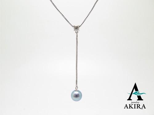不要なパール、チェーン、ダイヤモンドを使ってネックレス