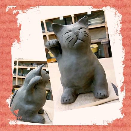 招き猫を粘土で作ってみました。陶芸教室 東京 国立けんぼう窯