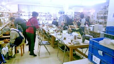 陶芸教室 東京 国立けんぼう窯 1月の陶芸教室風景