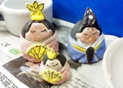 かわいい雛人形が完成。これから焼成します。国立けんぼう窯。