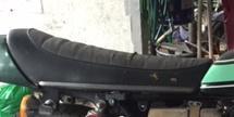 アンコ抜き皮の張替え オートバイのシート修理