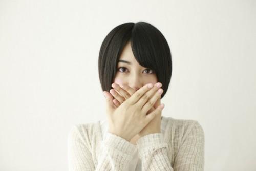 歯の着色汚れになりませんか?【歯のセルフホワイトニング】