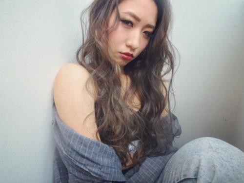ハイライト グレージュ 渋谷TLONY