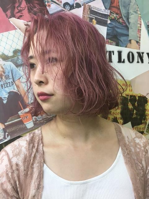 コーラルピンクヘアーもオススメ〜TLONY渋谷