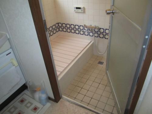 ミサワ タイル貼り浴室をリフォーム 海老名市戸建て