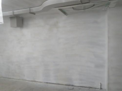 台東区上野のビル地下塗装工事 光触媒塗料オプティマス