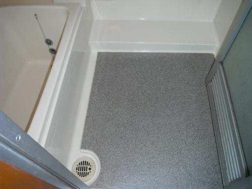 ☆東京都国分寺市 浴室の床リフォーム工事☆