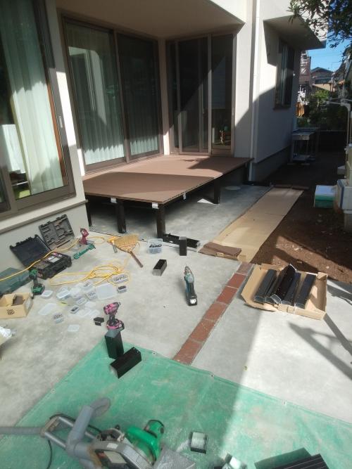 大和市でデッキ工事。