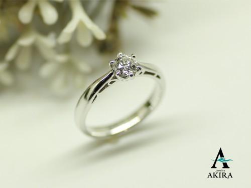 婚約指輪を購入するならオーダーメイドのアキラジュエリーへ