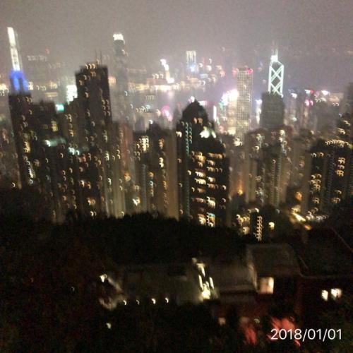 ハッピーニユーイヤー香港