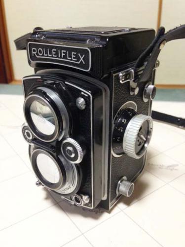札幌で古いカメラの出張買取りを実施させて頂きました。