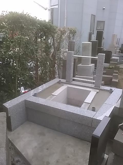 本牧の墓地