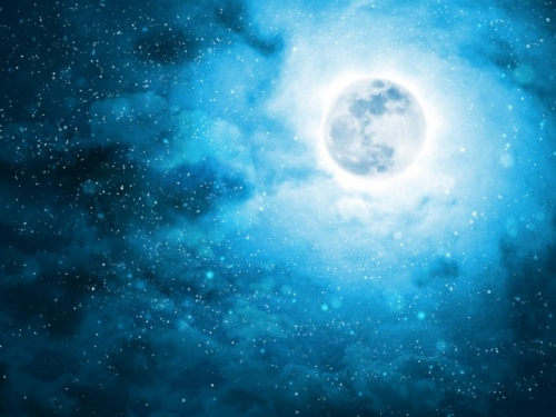 満月が二回ある月