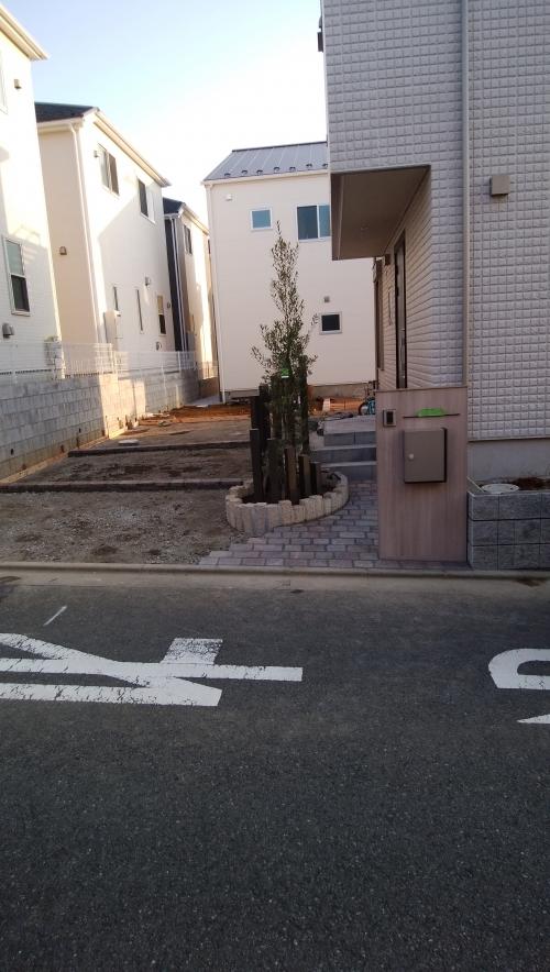 藤沢市唐沢で外構工事。