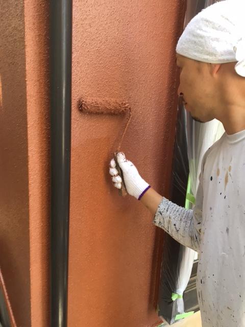 新座市屋根外壁塗装の現場です。