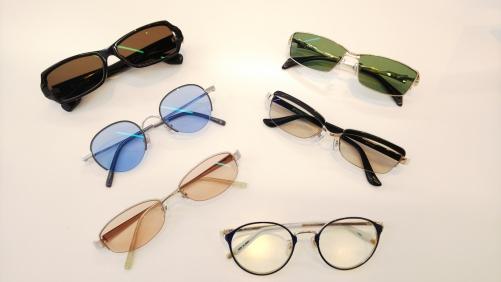 ライトカラーサングラス