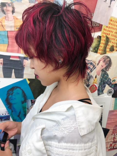 tlony渋谷で旬の個性的ウルフヘアに