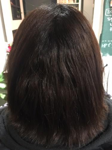 毛先にダメージがある場合の縮毛矯正