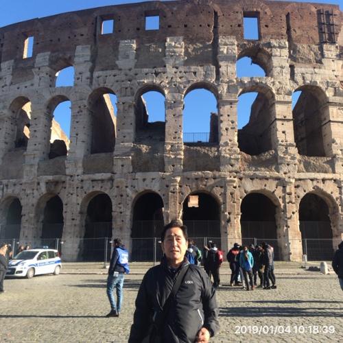 ローマ観光 コロッセロ競技場