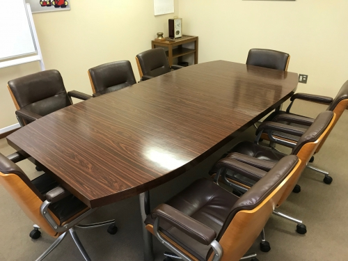 東京都港区 会社の会議室テーブル再塗装