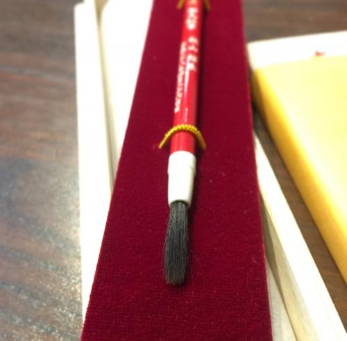 紅筆はO歳でも!