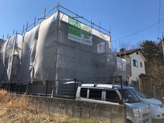 本日鶴ヶ島市で屋根・外壁塗装工事中です