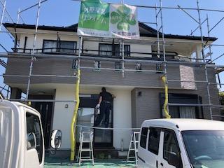 本日坂戸市で屋根・外壁塗装工事の完了前の点検をしてきました
