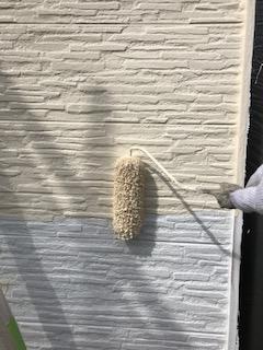 鶴ヶ島市でサイディングの中塗り塗装工事を施工しました