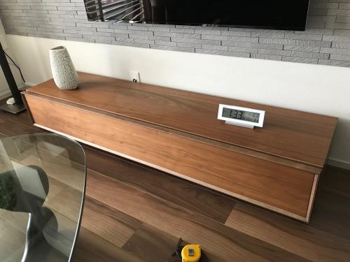 浦安市テレビボード再塗装