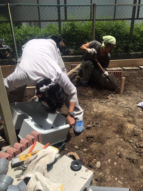 マンシヨン1階お庭のガーデニング工事