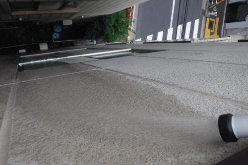 板橋区で雨漏り修理後に確認散水で改善を確認しました!