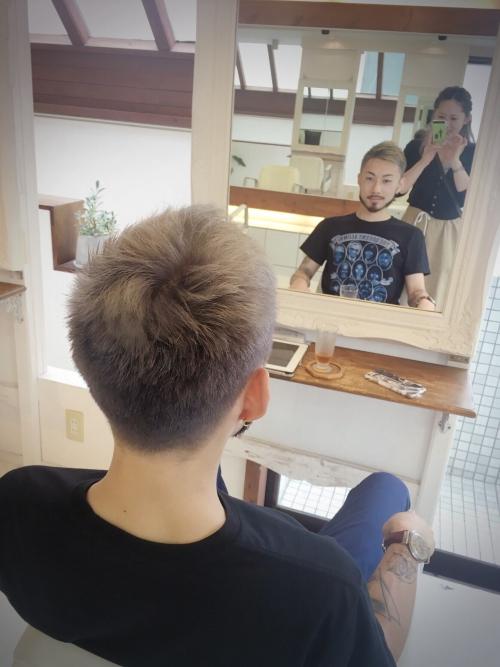 シルバーグラデーションヘア