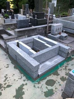 大長寺「M」家墓地