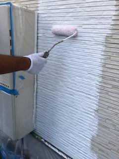 川越市でサイディングの下塗り工事を施工しました