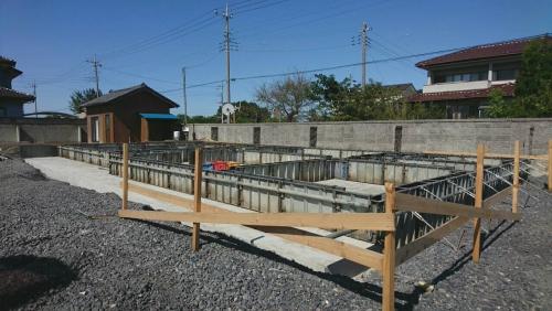 太田市で平屋住宅の基礎を施工中