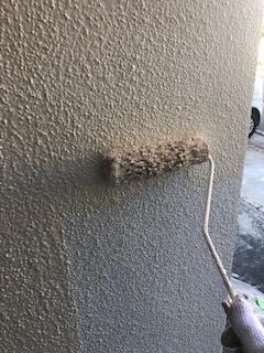 滑川町で無機塗装の中塗り工事を施工しました
